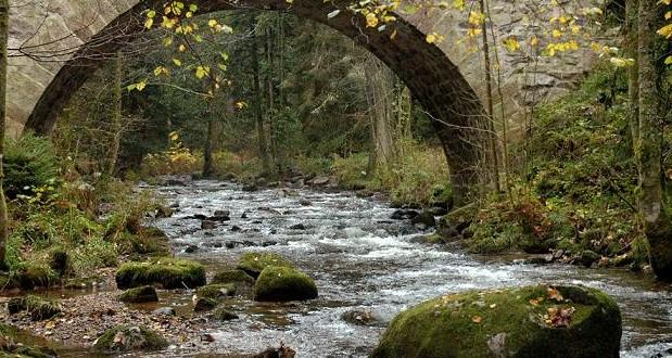 Pont des fées rivière