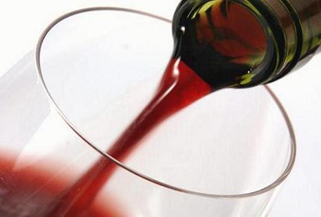 des bouteilles de vin en papier bient t sur les tables britanniques enviro2b. Black Bedroom Furniture Sets. Home Design Ideas