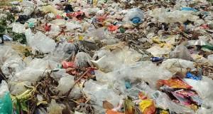 Déchets sacs plastiques