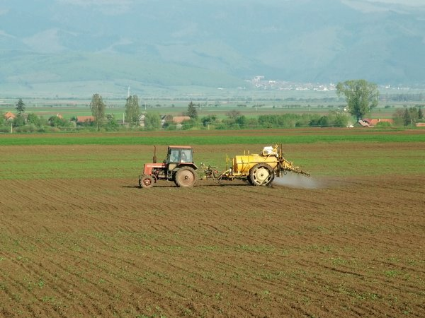 pesticides_agriculture.jpg