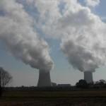 Nucléaire fumée cheminée